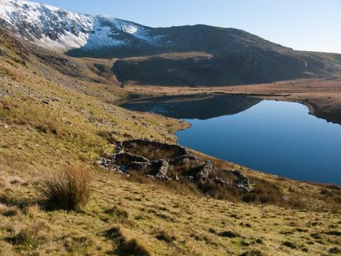 Cwm Clogwyn above Llyn Ffynnon-y-gwas